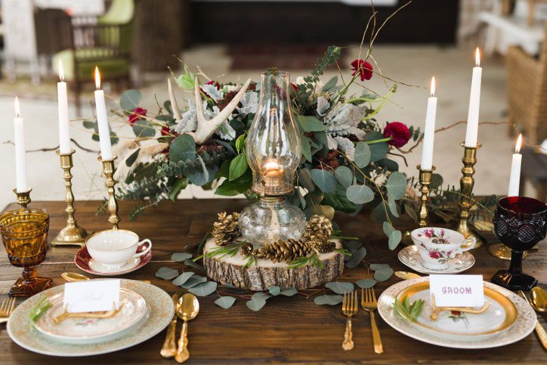 Romantic-Winter-Rustic-Wedding-Place-Settings